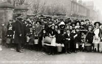 Awaiting The Water Cart During The Typhoid Outbreak In Lincoln 1905 OLD PHOTO