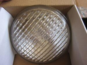 Aircraft Flood Light 4627 28V 100W Sealed Beam Light Bulb 6240009170772