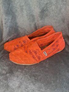 TOMS Classic Alpargate Crochet Lace Orange Slip-On Shoes Women's Size 8.5