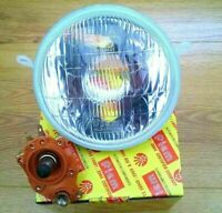 VESPA PX LML HEADLIGHT + BULB HOLDER- HALOGEN BULB WITH PARKING BULB NEW