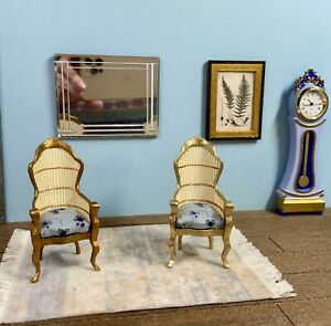 1:16 Dollhouse miniature Victorian rattan two golden chairs - Lundby scale