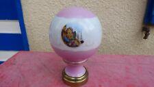 boule d'escalier porcelaine peinte blanche rose motifs décor port style Meissen