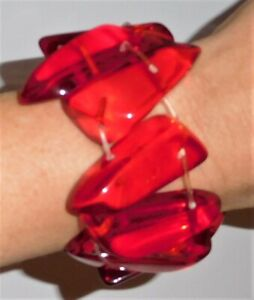 Sobral Anticonfromista Vertigo Clear Red Statement Bracelet Brazil Import