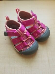 Toddler Keen Sandals Pink/Coral Size 5 GUC!!