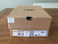 """""""UGG """" SHOES/SLIPPERS EMPTY BOX WITH UGG TISSUE PAPER"""