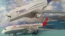 "avion  AIRBUS A350 "" 10th Anniversary "" blanc / rouge Metal Wing avion miniature"