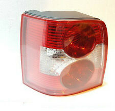 VW PASSAT B5 00-05 ESTATE REAR LIGHT WITHOUT BULB HOLDER PASSANGER SIDE