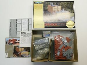 N Scale 1:160 - DPM Gold - Woods Furniture Co. Building Structure Kit #660 NIB