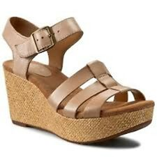 Clarks Caslynn Harp Wedge Heeled Sand Leather Sandals  - Size 6.5  D Width