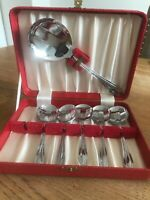 Vintage 6 Piece Boxed Set Chrome Sheffield Dessert Spoons & Server