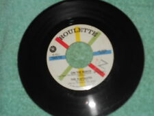 The Playmates On The Beach NM/The Song Everybody'ds Singing NM 1959  Pop 45