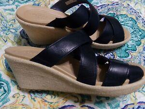 New ladies Crocs wedge navy sandal size 8