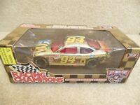 1998 Racing Champions 1:24 Gold NASCAR Bill Elliott McDonald's Moon Man Taurus a