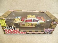 1998 Racing Champions 1:24 Gold NASCAR Bill Elliott McDonald's Moon Man Taurus a