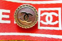 100% Authentic Chanel Buttons 4 pieces logo cc 18 mm💋 💜💜💜💜💜💜💜💜💜💋