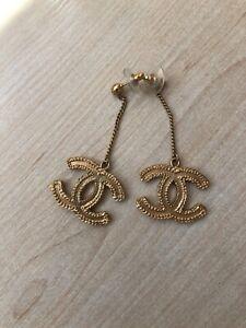 Authentic Gold Tone Chanel Dangle CC Logo Drop Chain