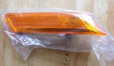 PORSCHE 997 CARRERA RIGHT PASSENGER SIDE MARKER TURN SIGNAL LIGHT 99763103402