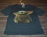 WOMEN'S TEEN STAR WARS STAR WARS The Mandalorian Baby Yoda Child T-shirt SMALL