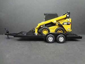 Caterpillar 272d2 Skid Steer Loader on trailer Construction Diorama 1:64 Scale