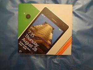 Nokia Lumia 735 - 8GB - Orange (Unlocked) Smartphone