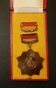 DDR VVO Vaterländischer Verdienst Orden in Bronze 5c