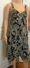 Ladies Summer black & white floral dress handkerchief hem dress size 10
