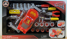 NEW Disney Pixar CARS 3 Race Ready Lightning McQueen 32 Piece Toy Set