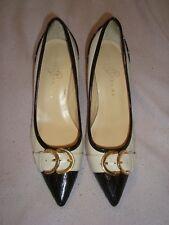 IVANKA TRUMP UK 5.5  EU 38.5 US 7.5 IVORY / BLACK Patent Leather Shoes