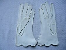 Vintage 1950's Attached Un-worn Fownes Ladies White Gloves Size 7 Embroidered