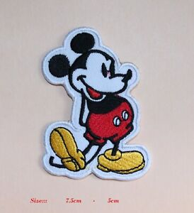 MICKEY MOUSE DISNEY  IRON / SEW ON PATCHES EMBROIDERED BADGE