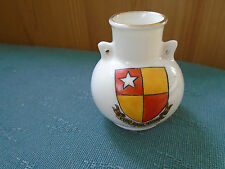 CASTLE HEDINGHAM ESSEX CREST - SOUTHPORT VASE - GOSS CRESTED CHINA