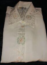 Damen elegante Bluse m.  Rosa-Grün Stickerei in weiß, 40-42, BU 110, L 68 cm