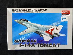 1992 Academy/Minicraft Grumman F-14a Tomcat Kit 1:144