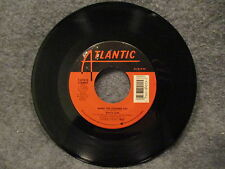 """45 RPM 7"""" Record White Lion When The Children Cry & Lady Of The Valley 7-89015"""