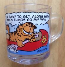 1978 GARFIELD and ODIE IN A CANOE McDONALD'S RESTAURANT WARE COFFEE MUG