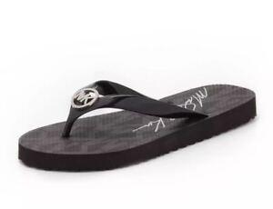 L@@K! Size 8 NWT Michael Kors Jet Set Signature Flip Flops Black Silver Logo