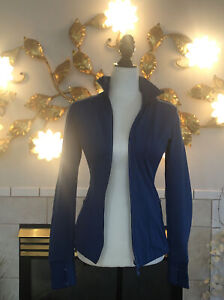 Athleta Women's Blue Zipper Front with Pockets Fitted Jacket Size S (A137)