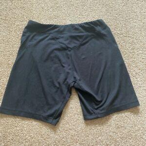 LA gear Size 8 Gym Shorts