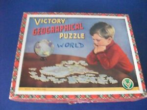VICTORY GEOGRAPHICAL WOODEN JIGSAW PUZZLE  - THE WORLD -