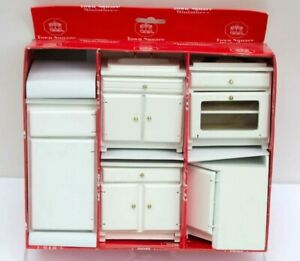 IOB Dollhouse KITCHEN SET Town Square Miniatures White 5 pieces