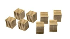 Classic Metal Works  # 20238 Wooden Pallets 8 Stacks  HO MIB