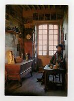 AMBIERLE - Musée forézien Alice Taverne - L'intérieur du rebouteux  (J909)