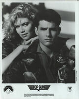 Top Gun Tom Cruise Kelly McGillis 8 X 10 Black & White Glossy Photograph