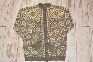 Hand knitted Norwegian wool sweater Faire isle wool sweater Size M