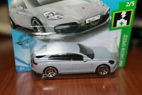 PORSCHE - PANAMERA TURBO S-E HYBRID SPORT TURISMO - HOT WHEELS - SCALA 1/55