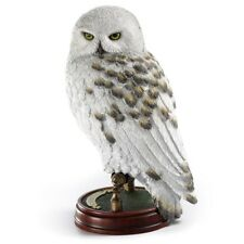 HARRY POTTER COLLECTORS SCULPTURE HEDWIG SNOWY OWL ON PEDESTAL w NAME PLATE NEW