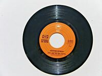 """SUZY & THE RED STRIPES SEASIDE WOMAN B/W B-SIDE TO SEASIDE 1977 EPIC 7"""" 45 RPM"""