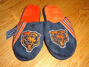NEW Mens M 9 10 Chicago Bears Football Slippers Forever Fleece Adult Blue Orange