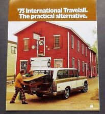 "ORIGINAL 1975 INTERNATIONAL TRAVELALL SALES BROCHURE ~ 8 PAGES ~ 11"" X 8"" ~IHT75"