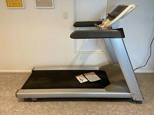 Precor 9.33 Premium Series Professional Electric Treadmill RRP $5000